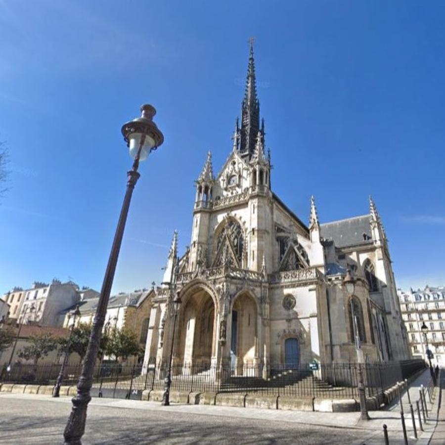 Eglise Saint-Bernard-de-la-Chapelle