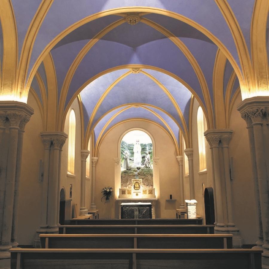 Eglise Notre_Dame_de_la_Salette
